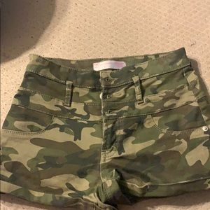 High waisted camo shorts